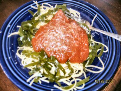 Spaghetti and seaweed